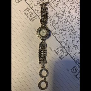 Premier Designs Silver Toggle Close Watch